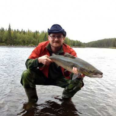 Joel Jonsson salmon from his vacation in the fishing magazine, fiskemagasinet.se