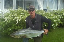 Jan Johansson with a salmon on 14,6 kg which took the tube fly in Tornåälv.